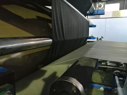 pu glue lamination machine.jpg